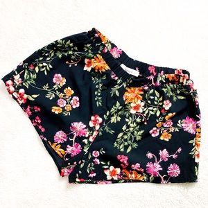 Black Floral Flowy Shorts